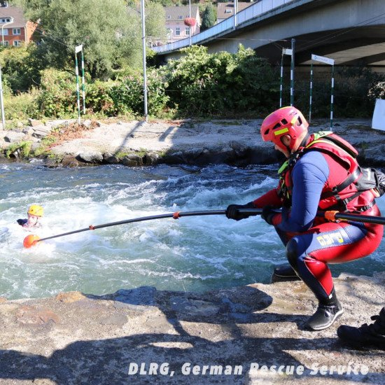 The German Rescue Service using our Rescue Reach Pole