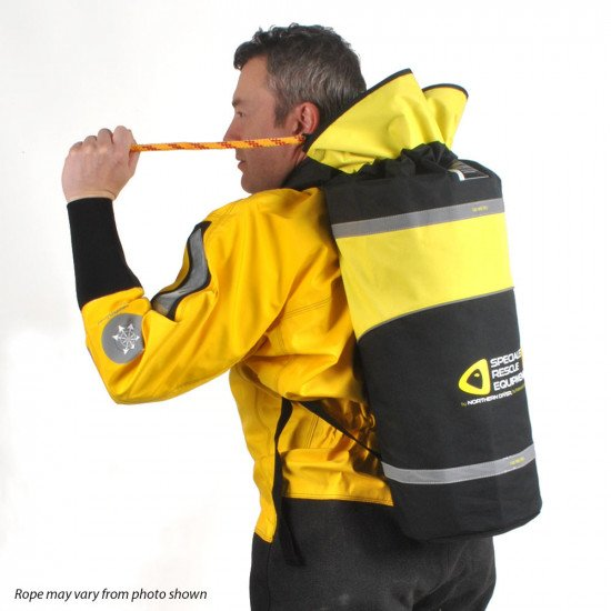 Back pack with 100m reflective floating line in action