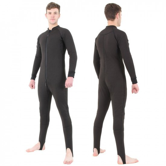 The Bodycore Sub Zero is a low profile one-piece undersuit, suitable for cold to very cold conditions
