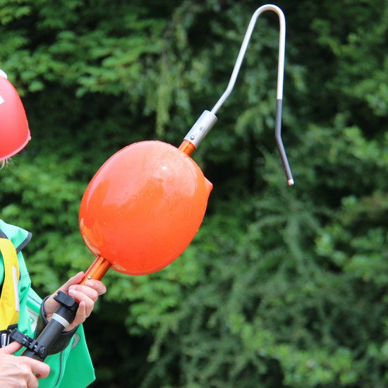 Extension pole used to attach the inflatable buoy and narrow hook