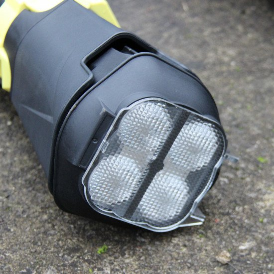 rescue-scene-light-IPX5-waterproof-rated