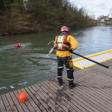 Oxfordshire Fire and Rescue Service using Northern Diver's Reach Pole