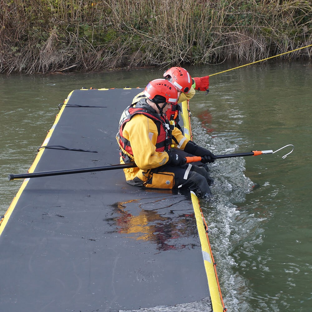 Oxfordshire Fire and Rescue Service using Northern Diver's 6m Reach Pole